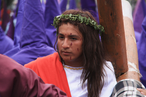 procession 4 a jesus ado resized